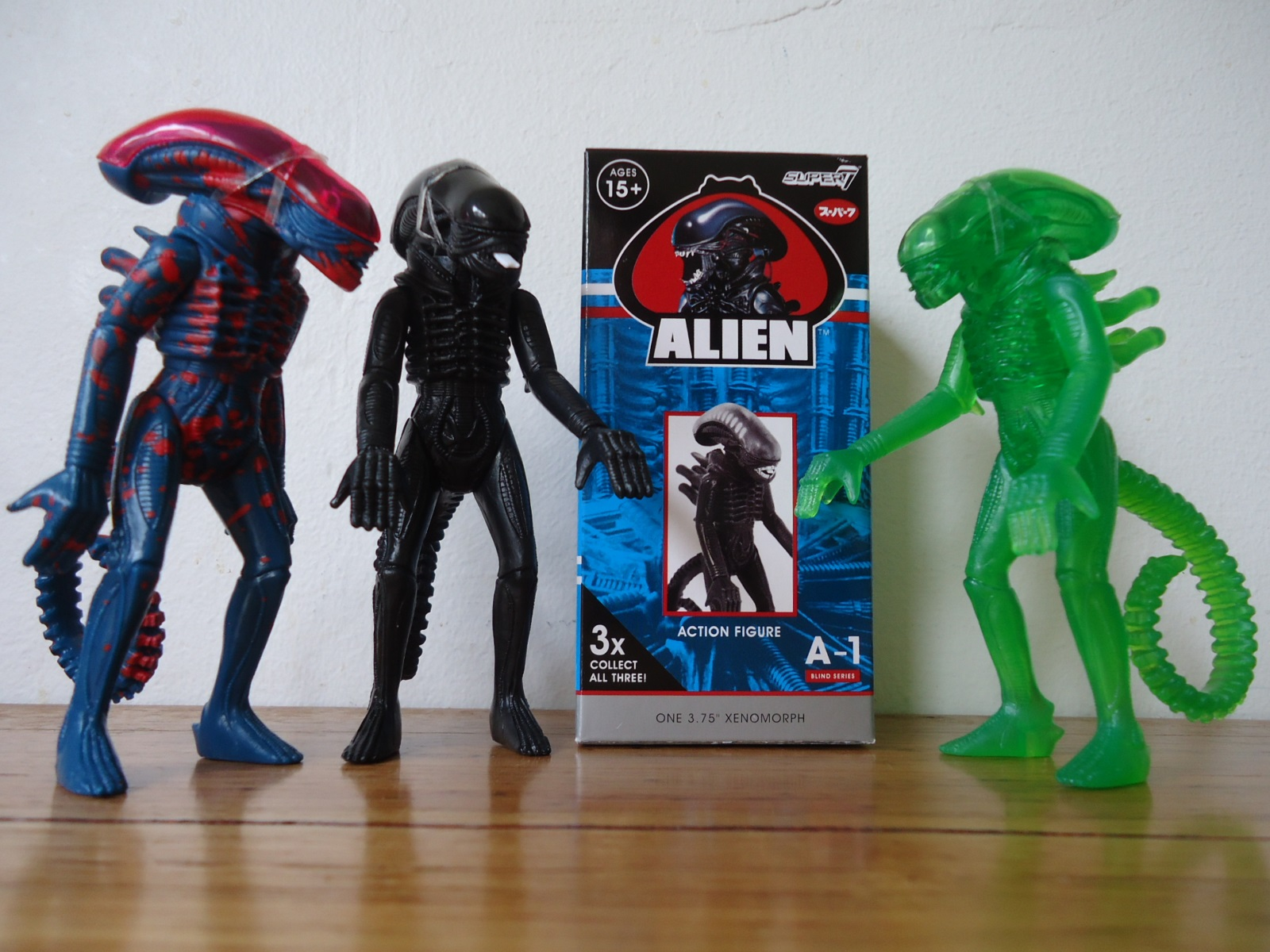 Alien Space Villian Super 7 ReAction 1 blind box Figure New Sealed A3